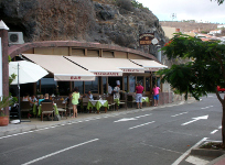 Splash Gomera - Places to Eat - La Cuevita