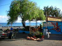 Splash Gomera - Places to Eat - La Chalana
